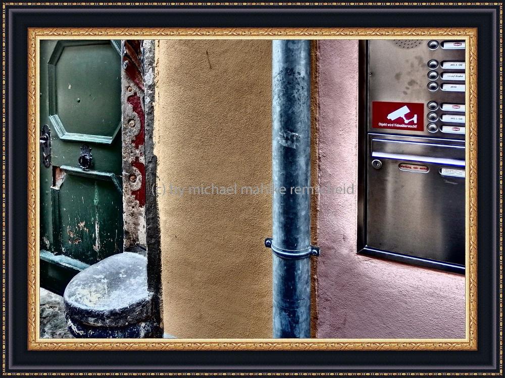 Farbtrio - Fotografie als Fotokunst mit Motiven aus Naumburg an der Saale - Foto: Michael Mahlke